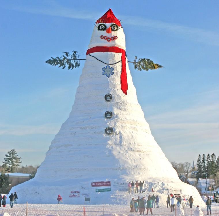 Olympia the 122-foot tall snowman